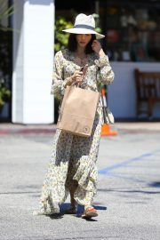 Jenna Dewan in Floral Dress Out in Beverly Hills 2019/07/01 3