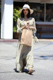 Jenna Dewan in Floral Dress Out in Beverly Hills 2019/07/01 5
