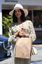 Jenna Dewan in Floral Dress Out in Beverly Hills 2019/07/01 6