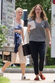 Jennifer Lawrence in Grey T-Shirt at Lila Neugebauer Project in New Orleans 2019/04/07 6