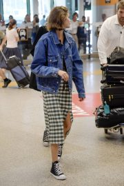 Kaia Gerber Arrives at Fiumicino Airport in Rome, Italy 2019/07/04 3