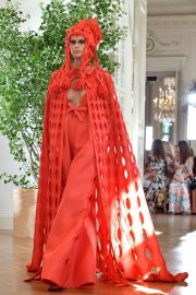 Kaia Gerber Runway During Haute Couture Fall/Winter Show of PFW in Paris 2019/07/03 9