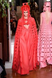 Kaia Gerber Runway During Haute Couture Fall/Winter Show of PFW in Paris 2019/07/03 16