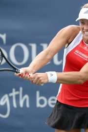 Angelique Kerber Plays Western & Southern Open at Lindner Family Tennis Center in Mason 2019/08/23 6