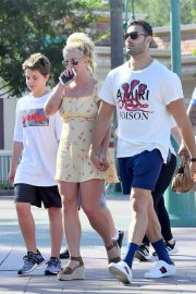 Britney Spears with her Boyfriend Sam Asghari and Kids Out in Disneyland 2019/08/04 11