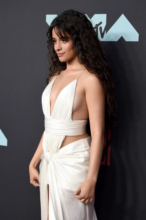 Camila Cabello attends 2019 MTV Video Music Awards at Prudential Center 2019/08/26 4
