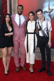 "Emeraude Toubia, Isaiah Mustafa, Alisha Wainwright & Luke Baines attends Warner Bros. ""It Chapter Two"" Premiere at Regency Village Theatre in California 2019/08/26 6"