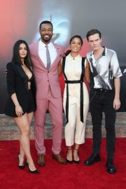 "Emeraude Toubia, Isaiah Mustafa, Alisha Wainwright & Luke Baines attends Warner Bros. ""It Chapter Two"" Premiere at Regency Village Theatre in California 2019/08/26 7"