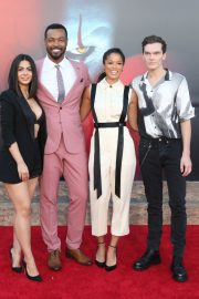 "Emeraude Toubia, Isaiah Mustafa, Alisha Wainwright & Luke Baines attends Warner Bros. ""It Chapter Two"" Premiere at Regency Village Theatre in California 2019/08/26 8"
