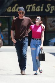 Emma Roberts and Garrett Hedlund Out in Los Feliz 2019/08/09 4