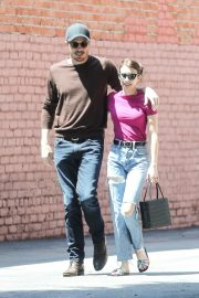 Emma Roberts and Garrett Hedlund Out in Los Feliz 2019/08/09 10