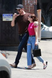 Emma Roberts and Garrett Hedlund Out in Los Feliz 2019/08/09 11