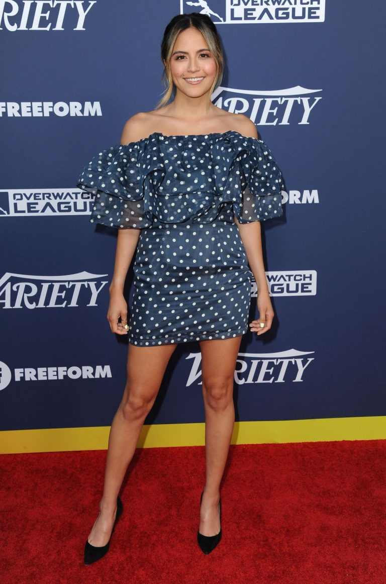 Erin Lim in Blue Dotted Off-Shoulder Dress Variety's Power of Young Hollywood in Los Angeles 2019/08/06 5