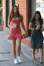Alexis Ren with a friend at Alfred's Coffee on Melrose Place in West Hollywood 2019/09/03 12