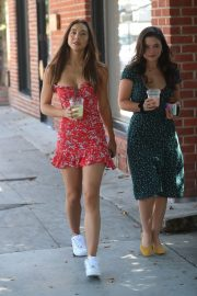Alexis Ren with a friend at Alfred's Coffee on Melrose Place in West Hollywood 2019/09/03 15