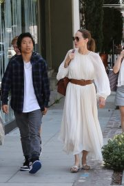 Angelina Jolie with Her Kids Enjoys at Fig and Olive in Hollywood 2019/09/02 33