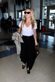 Annabelle Wallis leaves from LAX Airport in Los Angeles 2019/08/27 1
