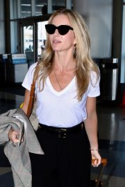 Annabelle Wallis leaves from LAX Airport in Los Angeles 2019/08/27 6
