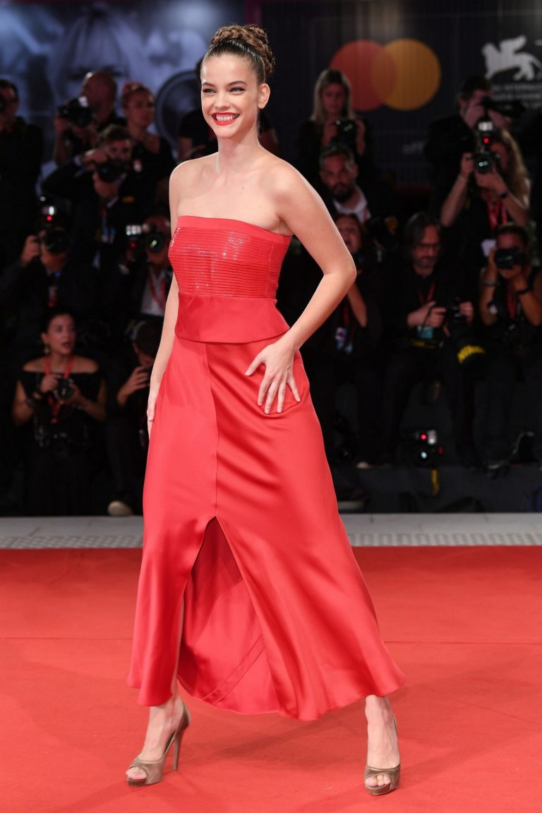 Barbara Palvin in Stylish Red Outfit attends Red Carpet of Seberg Screening at Sala Grande in Venice 2019/08/30 8
