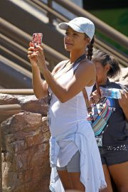 Christina Milian enjoys Cools Off In The Water at Universal Studios 2019/08/16 9