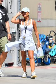 Christina Milian enjoys Cools Off In The Water at Universal Studios 2019/08/16 13