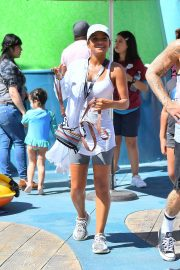 Christina Milian enjoys Cools Off In The Water at Universal Studios 2019/08/16 20