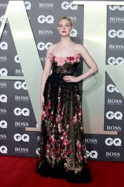 Elle Fanning attends the GQ Men of The Year Awards 2019 in London 2019/09/03 5
