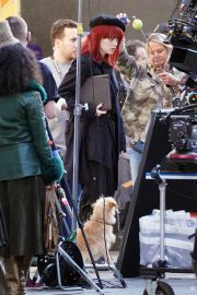 Emma Stone in Red Hair on the set of Cruella in London 2019/09/02 3