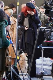 Emma Stone in Red Hair on the set of Cruella in London 2019/09/02 4