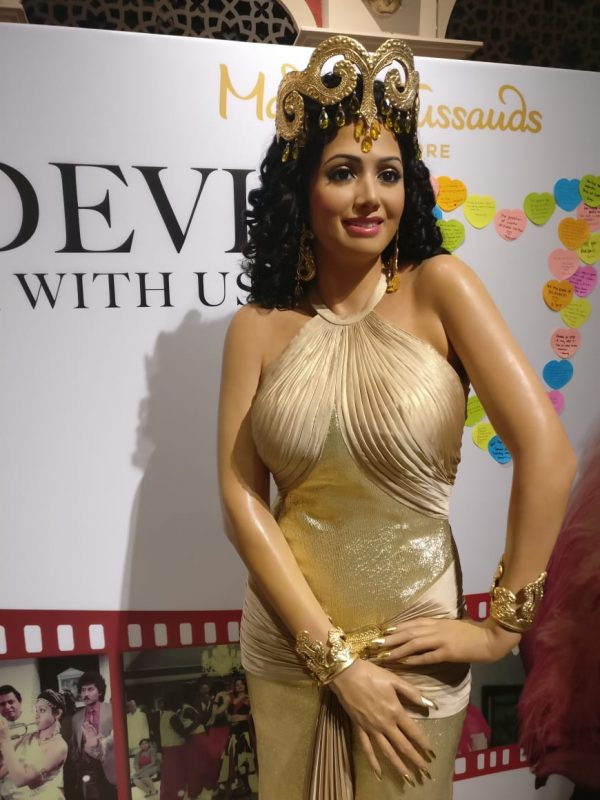 Sridevi's first wax statue in Singapore Madame Tussauds, unveiled by Boney Kapoor with daughters Janhvi and Khushi. 1