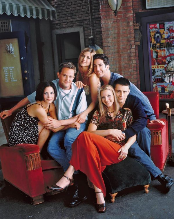 This American sitcom is like old wine, 25 years later, meet Crazy F.R.I.E.N.D.S. 1