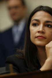 Alexandria Ocasio-Cortez at House Financial Services Committee Hearing in Washington 2019/10/23 7