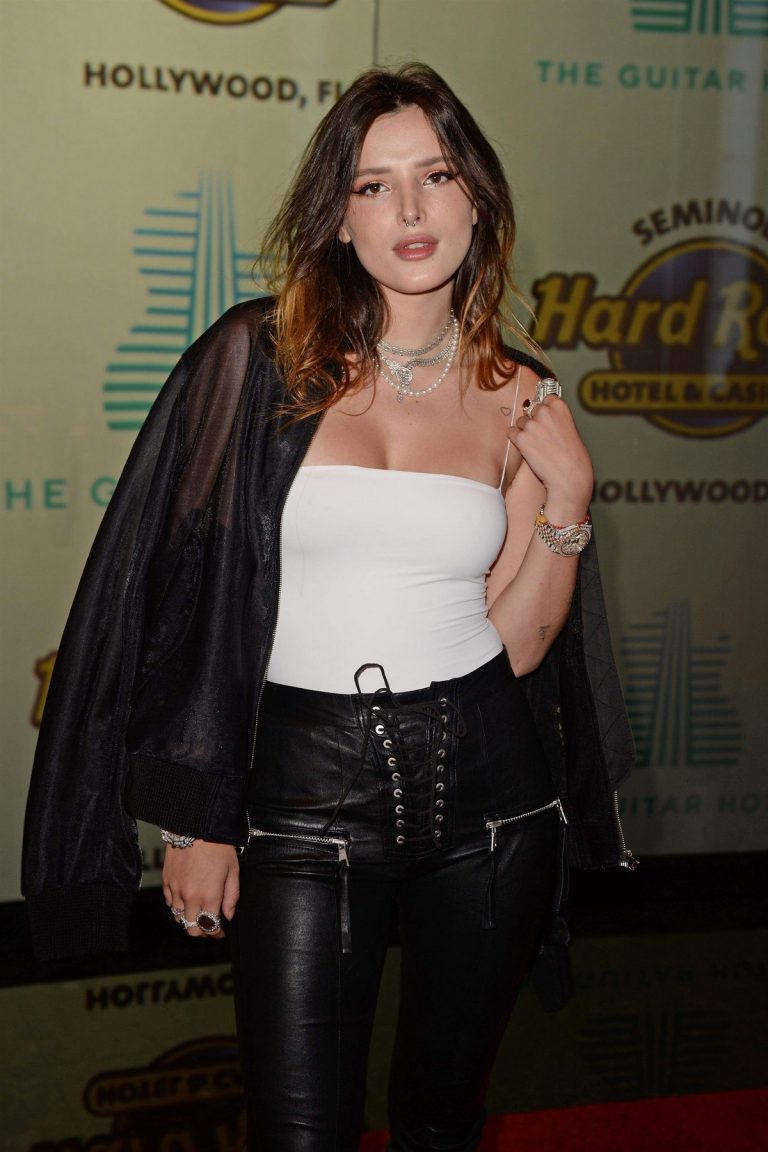 Bella Thorne attends The Grand Opening of the Guitar Hotel in Los Angeles 2019/10/24 2