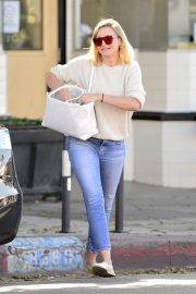 Cameron Diaz Leaves Shopping Out in Los Angeles 2019/10/29 4