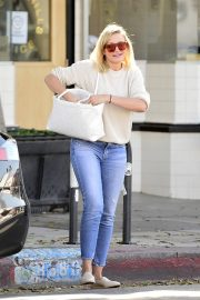 Cameron Diaz Leaves Shopping Out in Los Angeles 2019/10/29 10