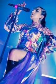 Charli XCX performs on stage at The O2 Institute in Birmingham 2019/10/28 4