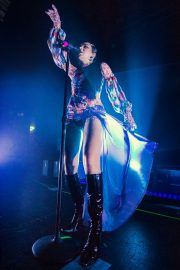 Charli XCX performs on stage at The O2 Institute in Birmingham 2019/10/28 7
