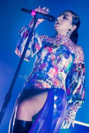 Charli XCX performs on stage at The O2 Institute in Birmingham 2019/10/28 9