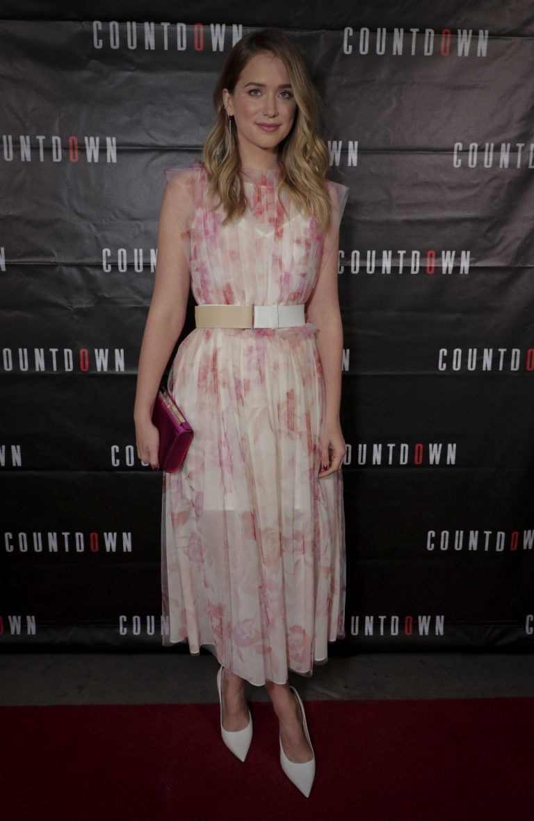 Elizabeth Lail attends STXFilms COUNTDOWN Special Film Screening in LA 2019/10/2 1