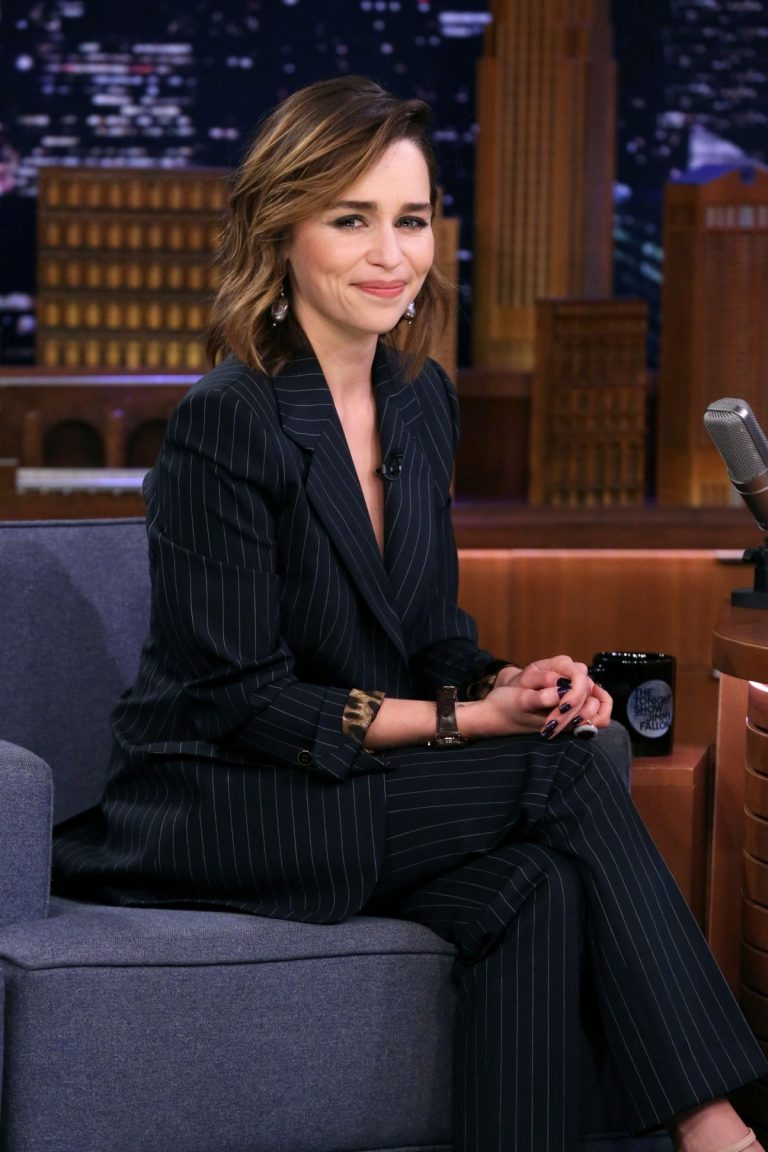 Emilia Clarke attends The Tonight Show with Jimmy Fallon 2019/10/30 1