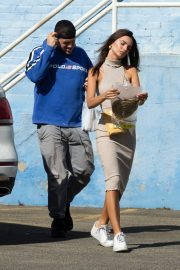 Emily Ratajkowski with Her husband and Pets Out in Los Angeles 2019/10/30 6