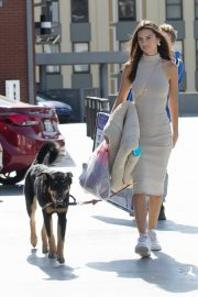 Emily Ratajkowski with Her husband and Pets Out in Los Angeles 2019/10/30 11