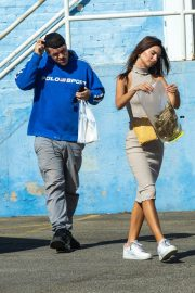 Emily Ratajkowski with Her husband and Pets Out in Los Angeles 2019/10/30 22