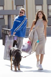 Emily Ratajkowski with Her husband and Pets Out in Los Angeles 2019/10/30 31