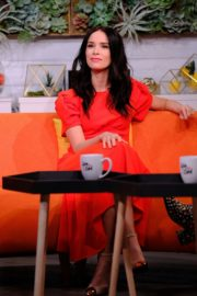 """Abigail Spencer attends BuzzFeed's """"AM To DM"""" in New York 2019/11/26 2"""