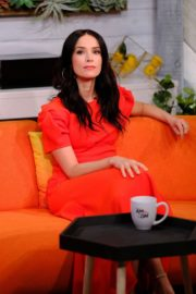 """Abigail Spencer attends BuzzFeed's """"AM To DM"""" in New York 2019/11/26 6"""