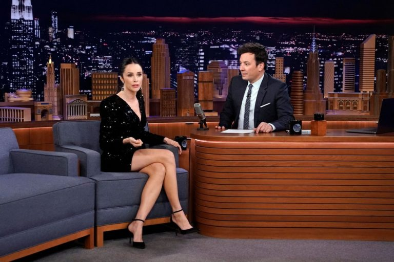 Abigail Spencer attends The Tonight Show With Jimmy Fallon in New York City 2019/11/27 2