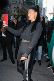 Adriana Lima arrives at the PUMA store in New York City 2019/11/01 11