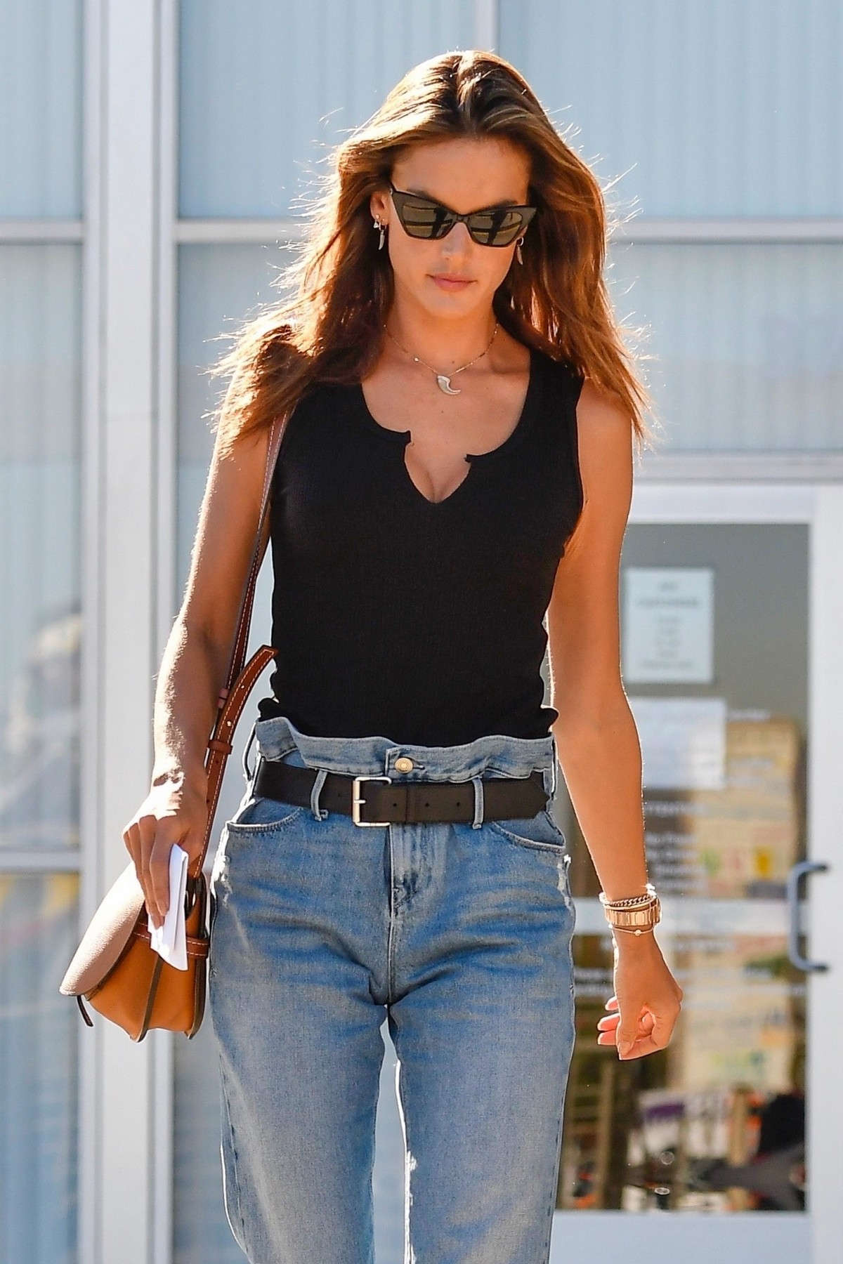 Alessandra Ambrosio in Black Top and Blue Jeans out in Los Angeles 2019/11/18 25