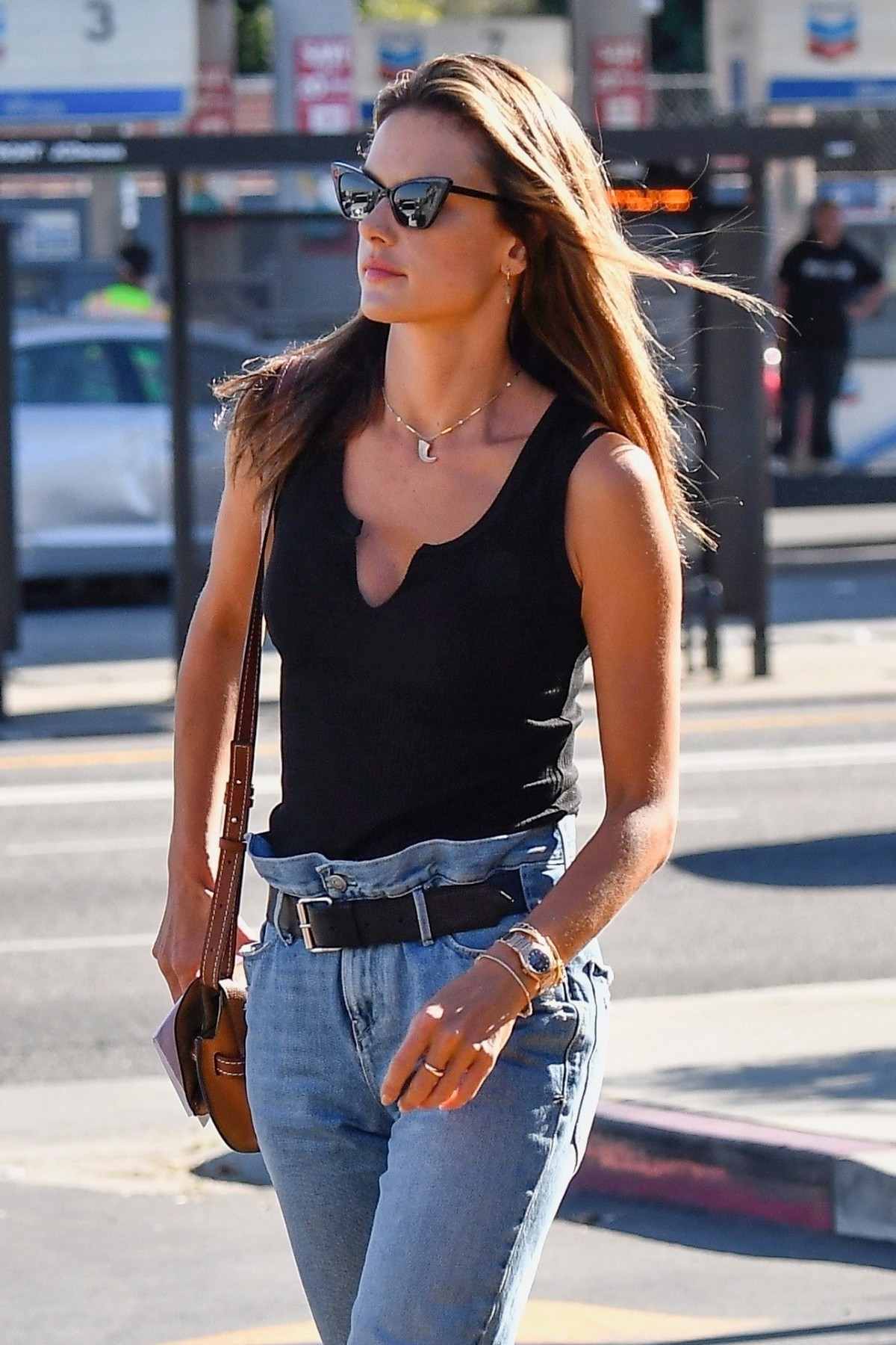 Alessandra Ambrosio in Black Top and Blue Jeans out in Los Angeles 2019/11/18 27